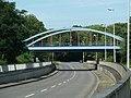 Eisenbahnbrücke über die Obermeidericher Straße - panoramio.jpg