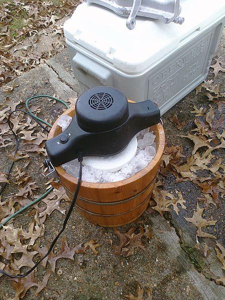 File:Electric ice cream maker.jpg