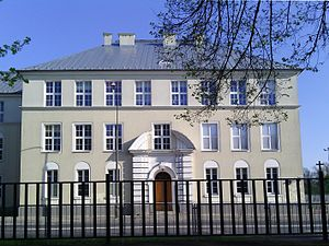 Education in Poland - Image: Elementary school no 206 in Warsaw 01