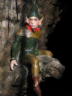 Elfin Oak - Image: Elfin Oak figure