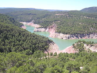 Sierra de Utiel - The Benagéber reservoir, in the Utiel Range area