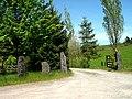 Entrance to Homestead - geograph.org.uk - 1299874.jpg