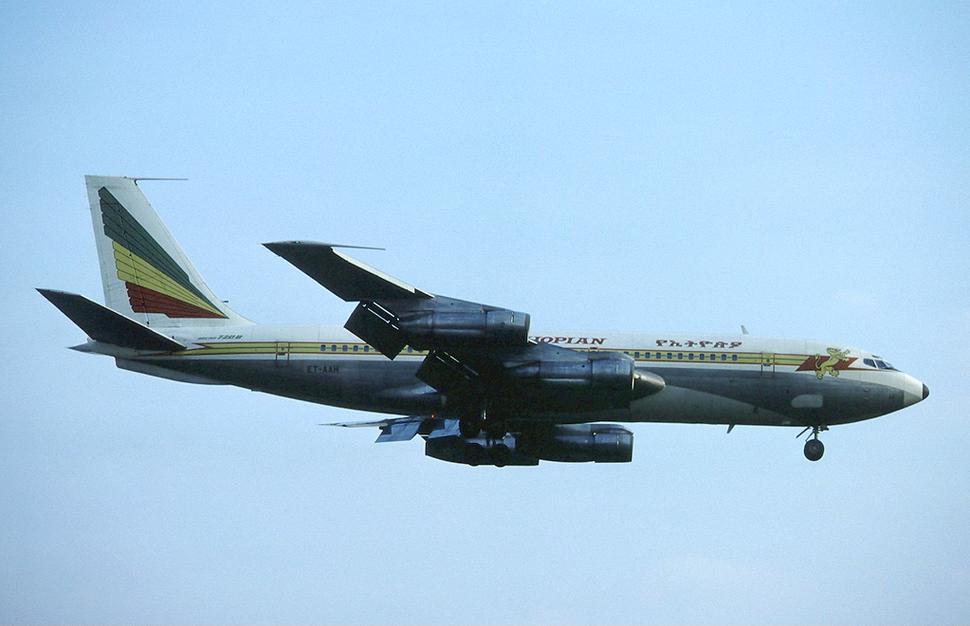 Ethiopian Airlines Boeing 720B ET-AAH LHR 1982-5-29