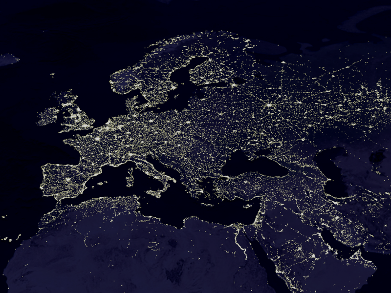 https://upload.wikimedia.org/wikipedia/commons/thumb/2/2b/Europe_night.png/800px-Europe_night.png