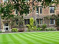 Facade with Lawn - Cambridge - England (27675202503).jpg