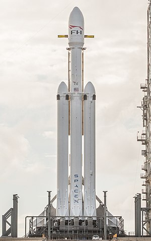 Falcon Heavy cropped.jpg
