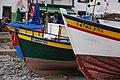 Farbige Fischerboote im Hafen von Câmara de Lobos 3.jpg