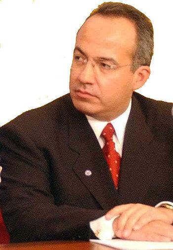 Felipe Calderon sin fondo i