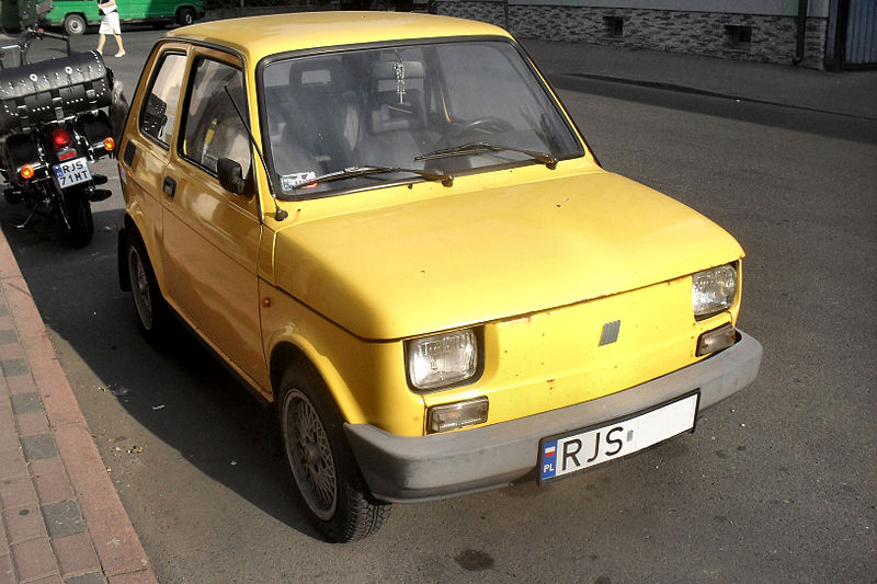 File:Fiat 126el HappyEnd Jasło Yellow (1).JPG