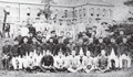 Fifth Higher School faculty and students May 1900.png