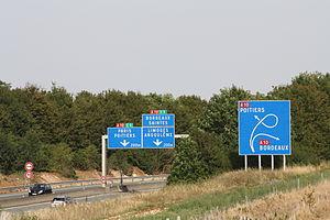 A83 autoroute - Junction with A10 to Bordeaux and Paris