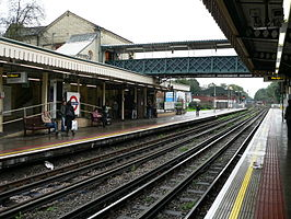 Finchley Central 01.jpg