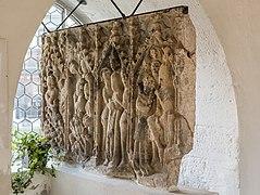 Finkenstein am Faaker See Pfarrkirche Sankt Stefan Sandsteinrelief 09102021 1639.jpg