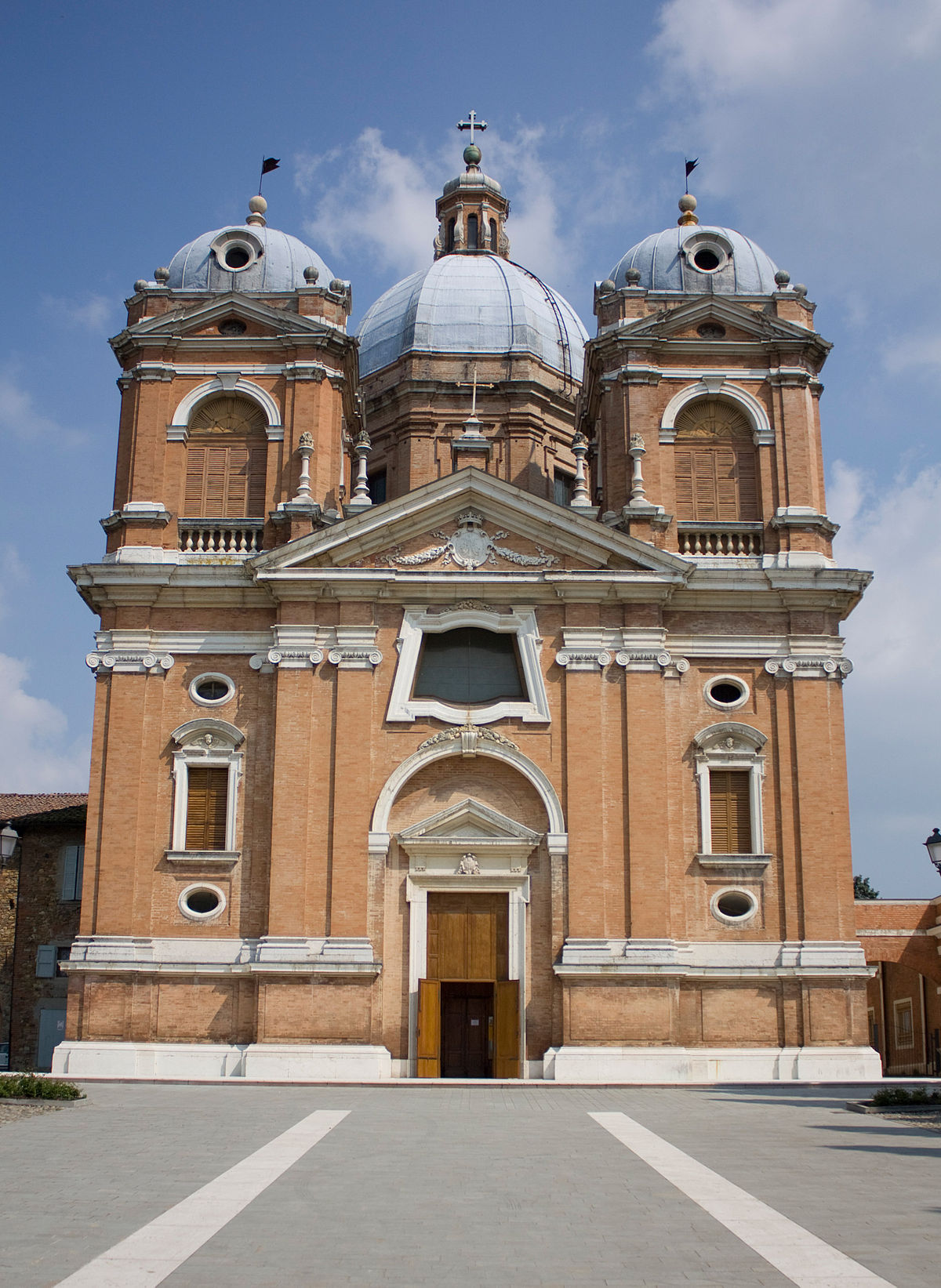 1200px Fiorano Santuario della Beata Vergine del Castello