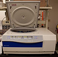 Fisher Scientific accuSpin 3R centrifuge - Frontal view.jpg