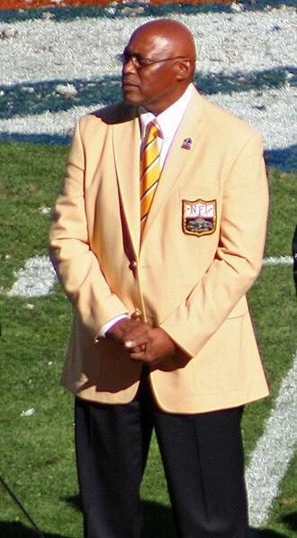 Floyd Little - At his Denver Broncos Ring of Fame ceremony in 2010.