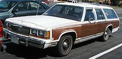 1988-1990 Ford LTD Country Squire