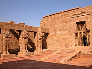 Wadi es-Sebua - The forecourt of Wadi es-Sebua