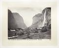 Fotografi av dal, vattenfall och berg i Schweiz - Hallwylska museet - 103153.tif