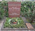 Friedhof Wilmersdorf - Grab Rolf Schwedler.jpg