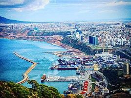 Vue sur le port d'Oran