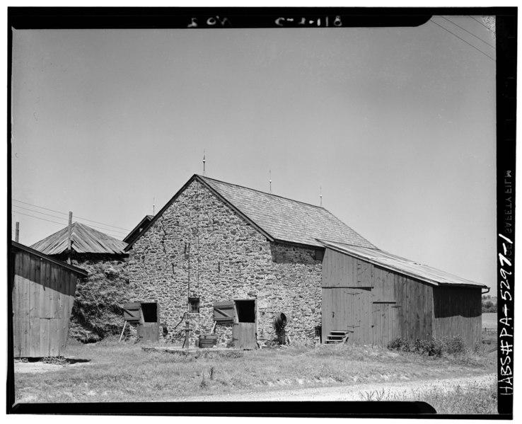 File General View William Moore Barn 1797 Doylestown