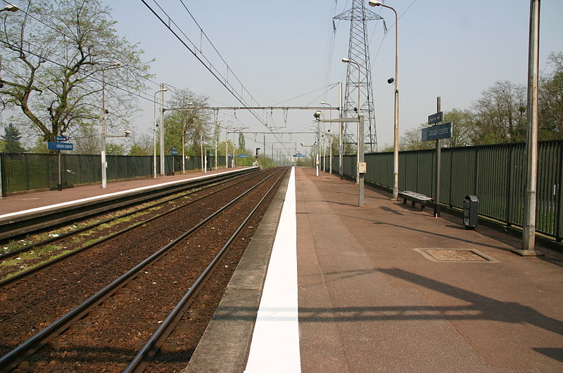 File:Gare de Grigny IMG 2208.JPG