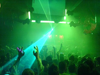 Trance music - Clubbers at Gatecrasher on April 16, 2006