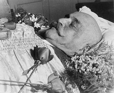 The body of Gurdjieff, lying in state, France. 'Every one of those unfortunates during the process of existence should constantly sense and be cognizant of the inevitability of his own death as well as of the death of everyone upon whom his eyes or attention rests'. Georges Gurdjieff dead.JPG