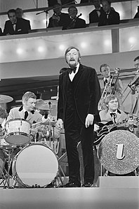 Grand Gala du Disque in RAI Amsterdam. James Last Band, Bestanddeelnr 923-3019.jpg