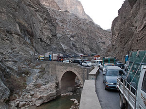Kabul–Jalalabad Road - Stopped traffic on the Jalalabad–Kabul Road.