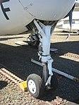 Grumman S2 Nose Gear (4310550693).jpg