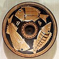 Gruppo della striscia a puntini (dotted stripe), piatto da pesce, italia meridionale, 340-330 ac ca.jpg