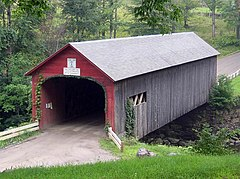 Guilford vermont covered bridge 20040820.jpg