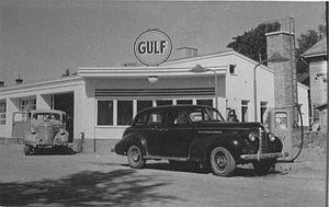 Gulf Oil - Gulf filling station in Hämeenlinna, Finland, 1950s