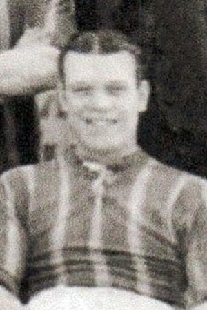 Henry Simons (footballer) - Simons while with Brentford in 1913