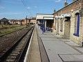 Harwich Town railway station platform.jpg