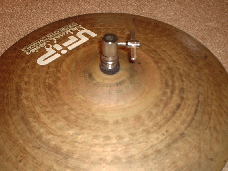 File:Hi-hat clutch on a cymbal.JPG