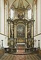 Hlavní oltář v kostele sv. Štěpána v Praze.jpg