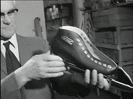 Bestand:Hoe worden schaatsen gemaakt wereldkampioenschap schaatsen amateurs-30682.ogv