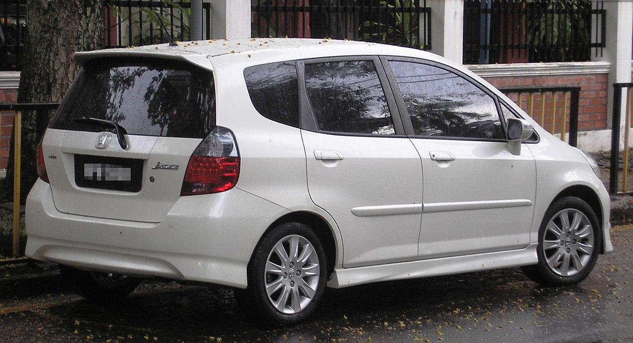 File:Honda Jazz (first generation, first facelift) (rear