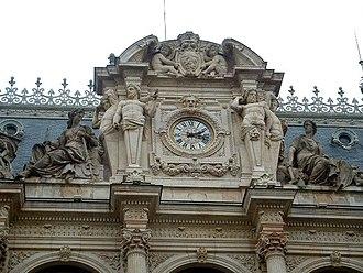 Palais de la Bourse, Lyon - Image: Horloge Bourse Lyon