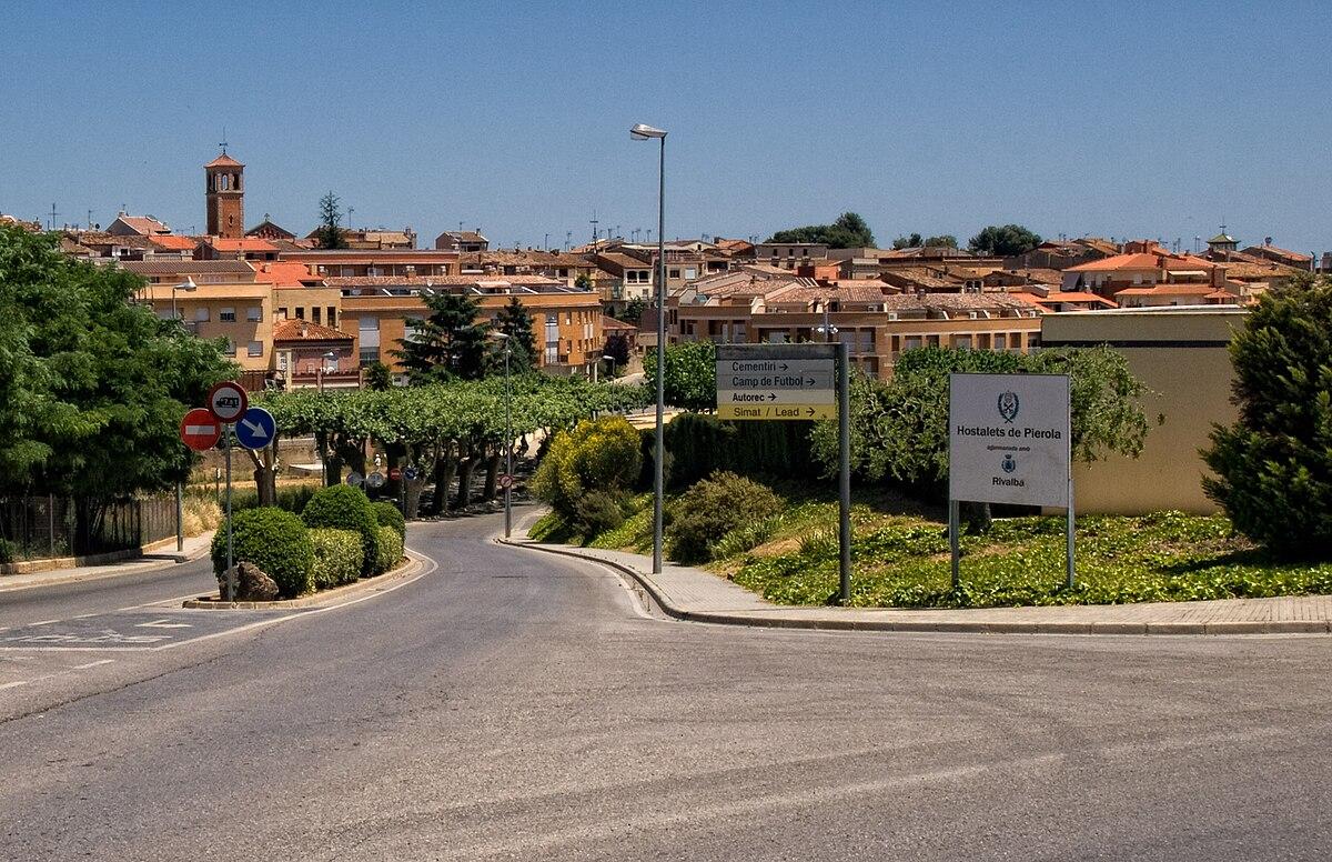 Els hostalets de pierola wikipedia for Piscinas gratis barcelona