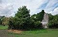 House eaten up by vegetation along the RAVeL L422 in Battignies (DSCF7850).jpg