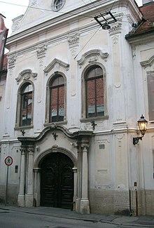 Hrvatski povijesni muzej.jpg