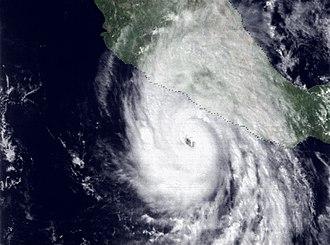 1976 Pacific hurricane season - Image: Hurricane Madeline (1976)