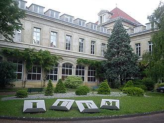 Claude Bernard University Lyon 1 - Institut Universitaire de Formation des Maîtres