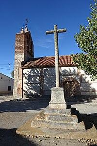 Iglesia de Santo Domingo de Guzmán, Viñegra de Moraña 02.jpg