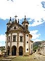 Igreja Nossa Senhora do Rosário dos Pretos - Uma das 2 no Brasil com a nave oval.JPG