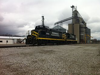 Indiana Northeastern Railroad - IN GP7u and high-nose GP7 sit at the Edon Farmers CO-OP in Edon, OH.